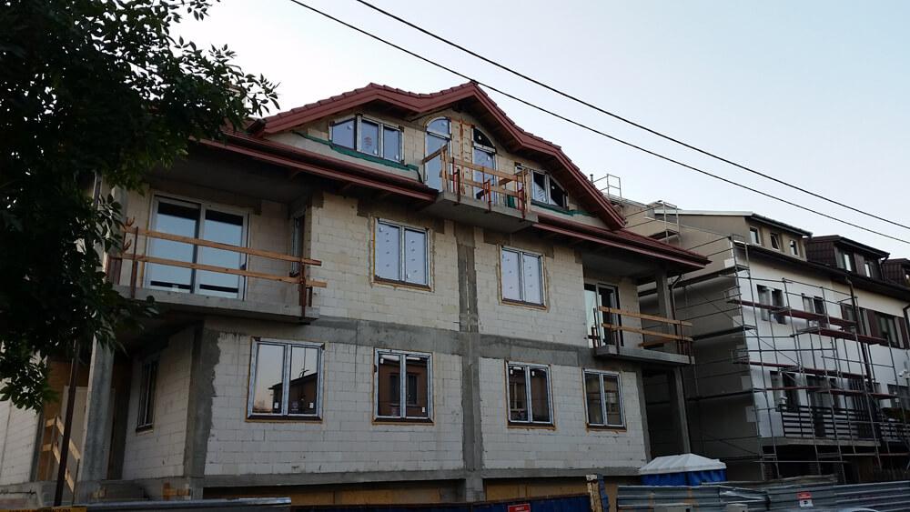 Okna łukowe i trapezowe