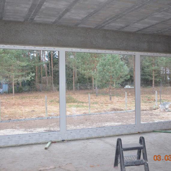 stałe szklenia salon okna pcv 570x570 - Lorem ipsum