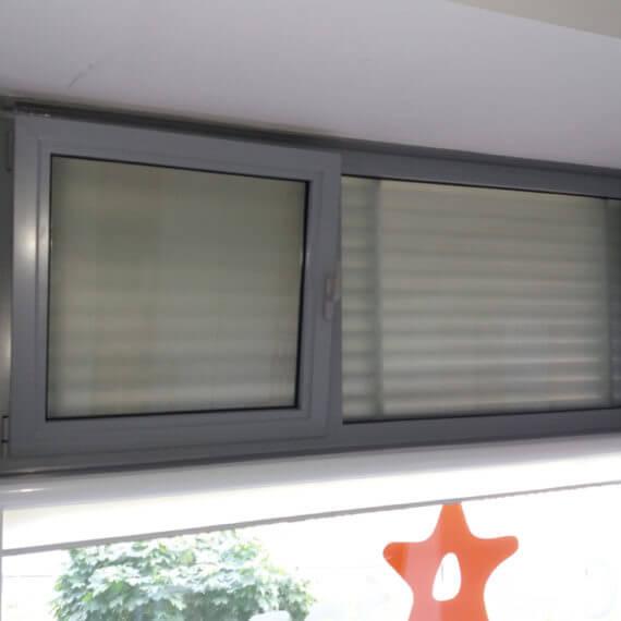wbudowane okno pcv fasada aluminium 570x570 - Lorem ipsum